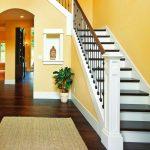 Лестница в дом, обшивка бетонной лестницы