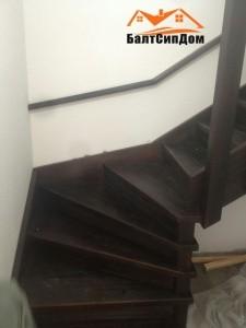 Лестница в доме из СИП-панелей БалтСипДом