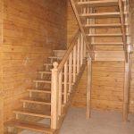 Изготовление деревянных лестниц в Калинграде